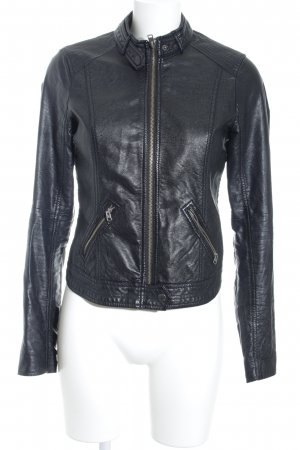 Hollister Kunstlederjacke schwarz Street-Fashion-Look