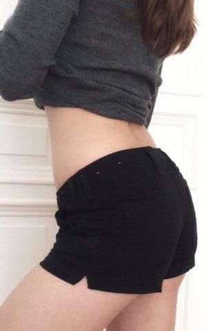 Hollister low rise Shorts schwarz Chino kurze Hose Hotpants 0 W24 NEU