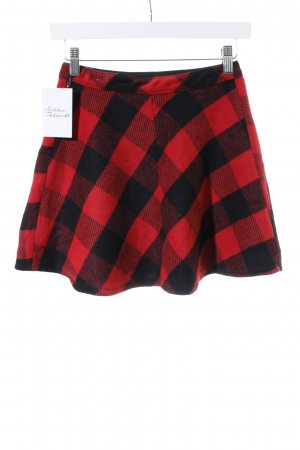 Hollister Minirock rot-schwarz Karomuster Street-Fashion-Look