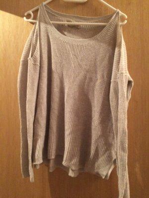 Hollister Pullover mit Cut Outs an den Schultern!