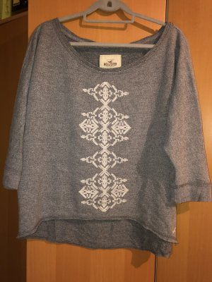 Hollister Pullover mit Stickerei