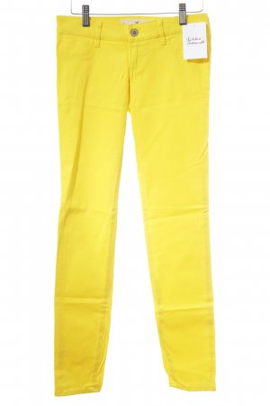 Hollister Drainpipe Trousers neon yellow casual look