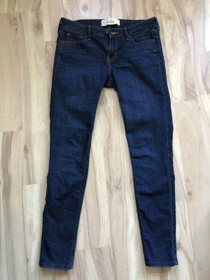 Hollister röhrenjeans jeans größe 5S w27 l29 s 36 wie neu dunkelblau super skinny