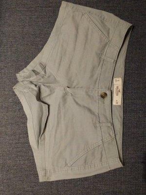 Hollister Short olive grün/khaki Size 9/W29