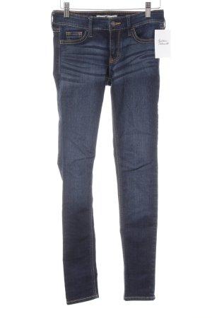 Hollister Skinny Jeans dunkelblau Logo-Applikation aus Leder