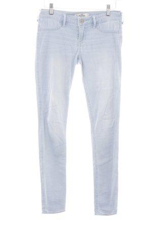 Hollister Skinny Jeans himmelblau-wollweiß Used-Optik