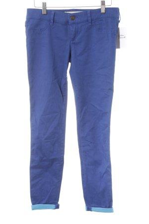 Hollister Slim Jeans blau Street-Fashion-Look