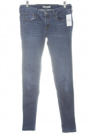 Hollister Slim Jeans blau Street-Fashion-Look
