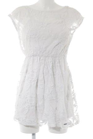 Hollister Spitzenkleid weiß florales Muster Romantik-Look