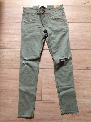 Hollister Spuer Skinny Hose Jeans Größe 5 W27 khaki Löcher