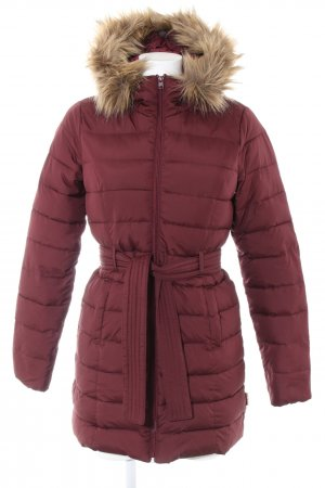 Hollister Quilted Coat red quilting pattern casual look