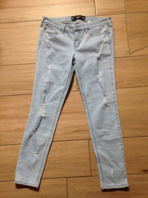 Hollister Super Skinny 7/8 Größe 5 W27 hellblau destroyed
