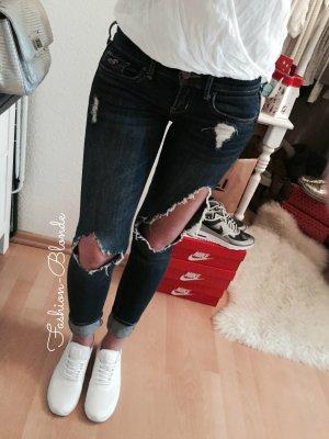 Hollister Super Skinny Jeans Destroyed W24