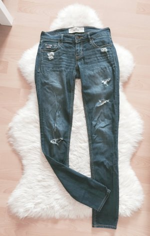 Hollister Super Skinny Jeans Destroyed W24 L31
