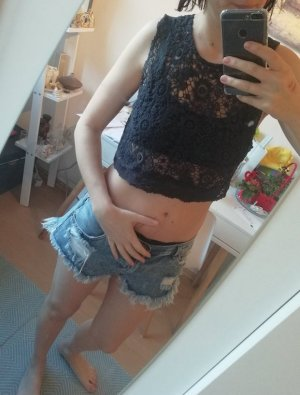 Hollister Top Crop Cropshirt Croptop Lace Spitze S
