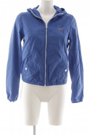 Hollister Windbreaker blue casual look