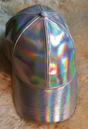 Holographic H&M Kappe