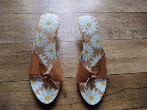Sandalo con tacco sabbia-bianco sporco Legno