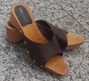 Singh Madan Heel Pantolettes brown leather