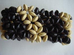 Holz Perlen Armband  braun creme auf Gummiband  - ungetragen