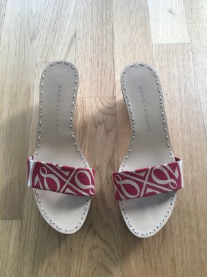 Holz-Sandalen mit Gummisohle