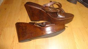 Holzlook Leder Sandaletten rustikal