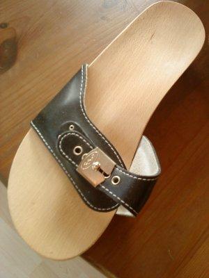 Holzpantoletten mit Lederriemchen von Scholl Größe 40
