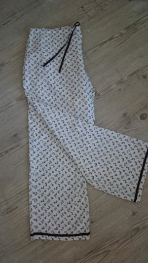 Pijama blanco puro-lila grisáceo