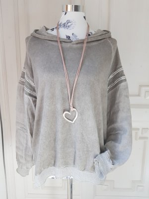Blusa con capucha gris claro