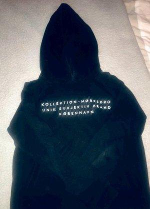 Capuchon sweater zwart-wit