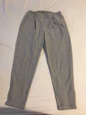 Bershka Pantalón de cintura alta gris claro