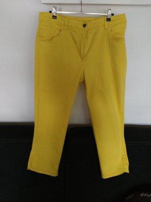Pantalón pirata amarillo