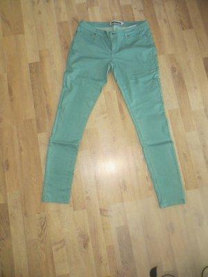 Hose aus leichtem Jeansstoff