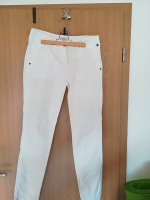 s.Oliver Boyfriend Trousers white cotton
