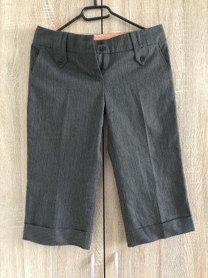 Pantalón capri gris-nude