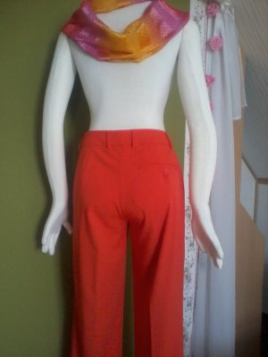 Hose in Orange von Madeleine