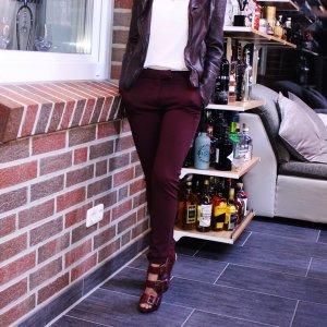 Hose Klassisch Bordeaux