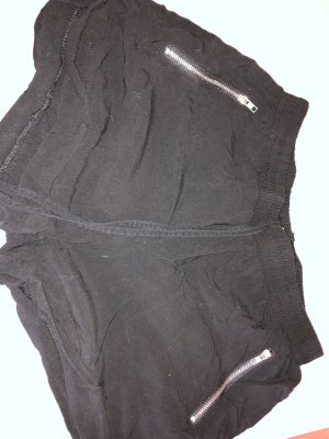 High-Waist-Shorts black