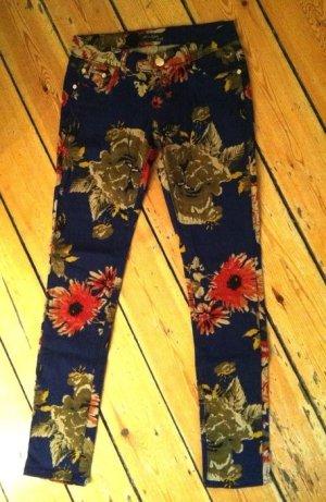 Hose mit Blumenprint