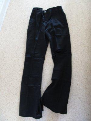 Hose mit Schlag schwarz Gr. 34