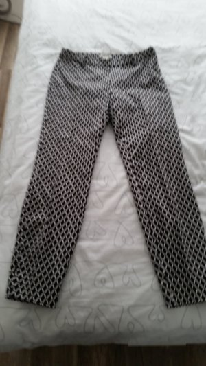 3/4 Length Trousers white-black