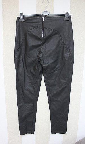 Hose mit Zipper am Po