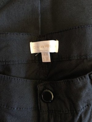 Hose schwarz mit kleinen Nadelstreifen