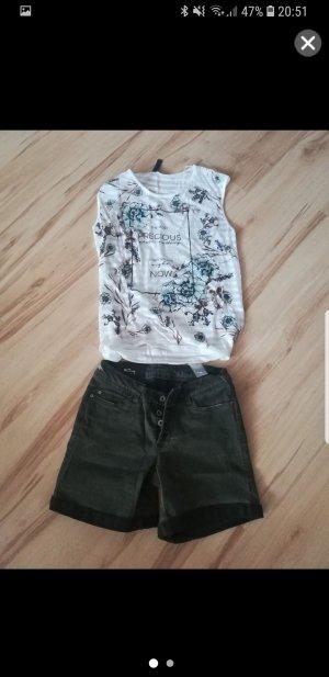 Hose + Shirt
