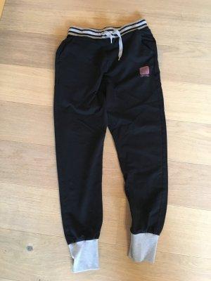 Hose Sporthose Jogginghose schwarz von Converse Gr. S