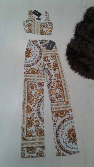 Hose und Top im Versace Muster