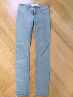 Hollister Drainpipe Trousers sage green
