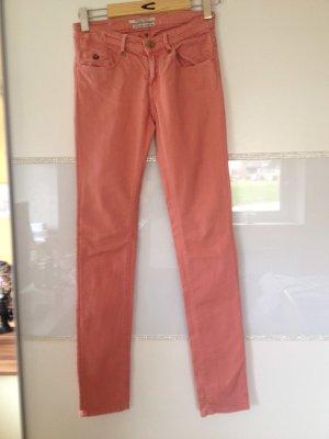 Maison Scotch pantalón de cintura baja multicolor