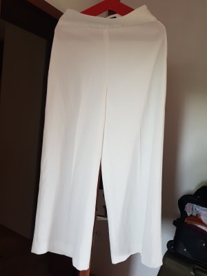 Zara Woman Short moulant blanc