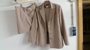 Hosen / Rock Anzug